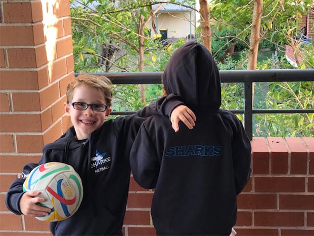 https://www.cronullasharksnetball.com.au/wp-content/uploads/2018/04/hoodie-1.png